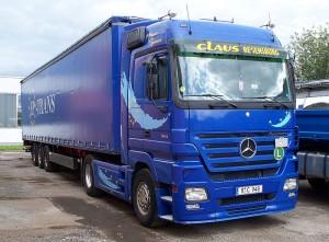 800px-Mercedes-Benz_Actros_truck