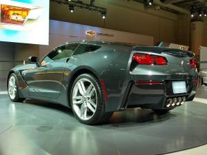800px-CIAS_2013_-_2014_Chevrolet_Corvette_(8504929017)_(2)