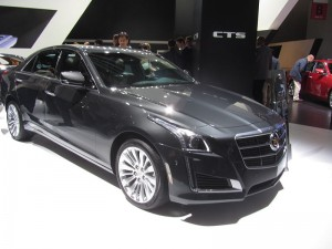 800px-Cadillac-CTS-2014-gray_IAA2013_front-right-side_LWS2816