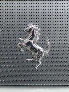 449px-Ferrari_Logo