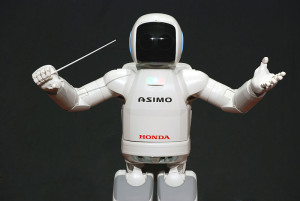 800px-ASIMO_Conducting_Pose_on_4.14.2008